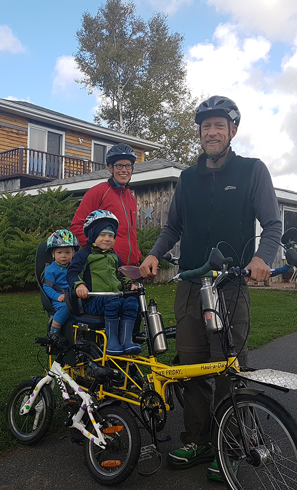 Confederation-Trailside-Family-Biking